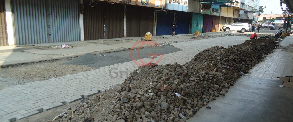 Pekerjaan_renovasi_pasar_di_Tanah_Abang_Jakarta_Pusat_019_8